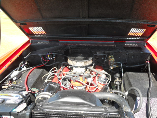 1968 FORD BRONCO CUSTOM HALF-CAB - Engine - 174618