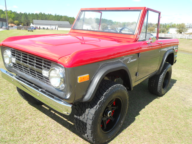 1968 FORD BRONCO CUSTOM HALF-CAB - Front 3/4 - 174618
