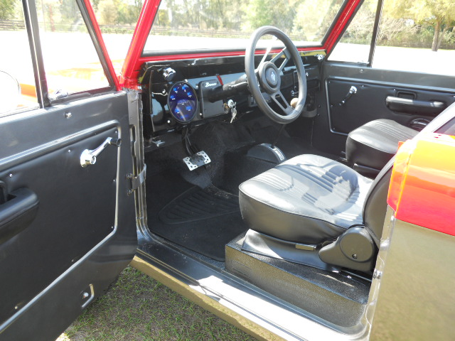 1968 FORD BRONCO CUSTOM HALF-CAB - Interior - 174618