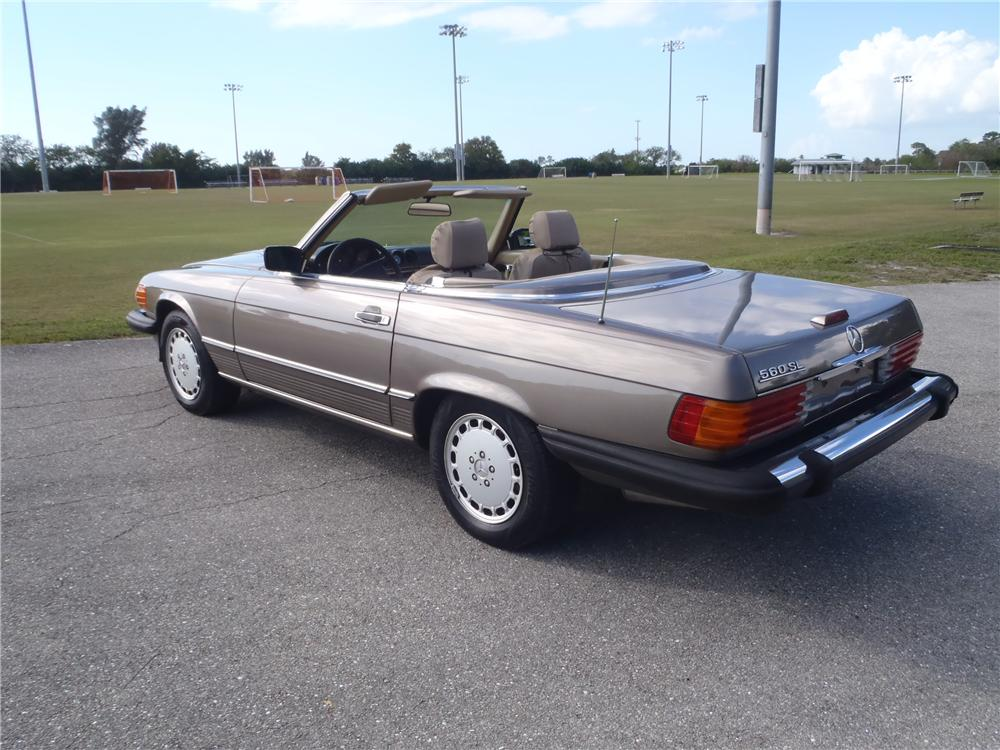 1989 mercedes benz 560sl convertible 174645