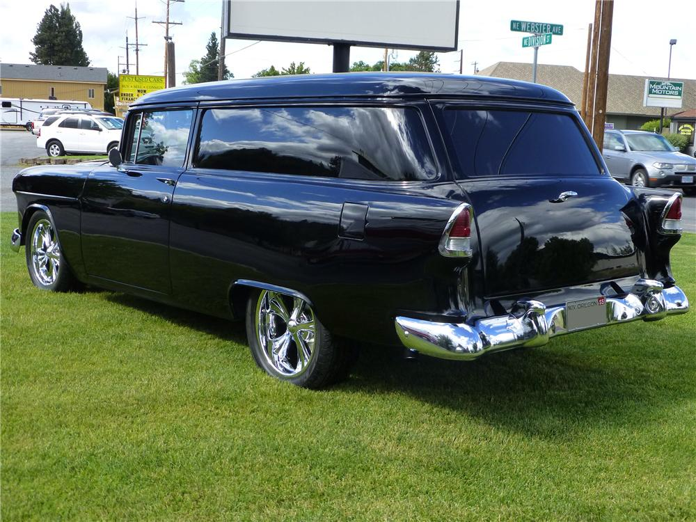 1955 CHEVROLET SEDAN DELIVERY CUSTOM WAGON - Rear 3/4 - 174669