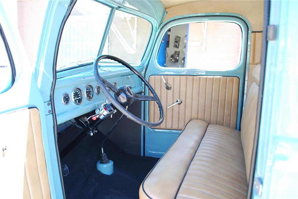 1940 FORD CUSTOM PICKUP - Interior - 174670