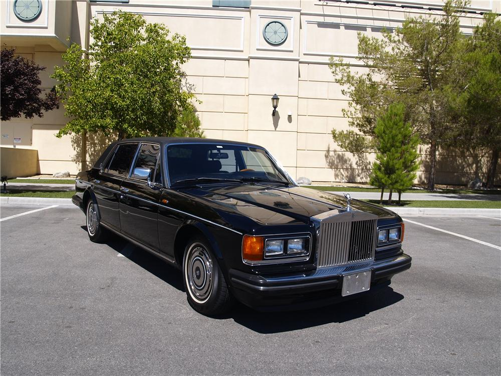 1989 ROLLS-ROYCE SILVER SPUR 4 DOOR SEDAN - Front 3/4 - 174672