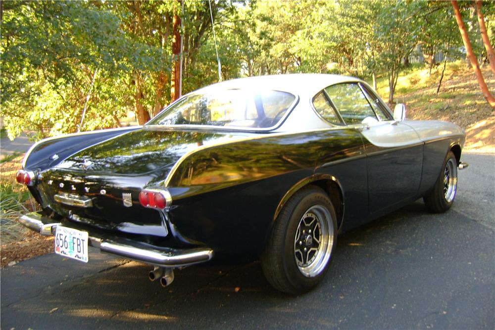 1969 VOLVO P1800 S 2 DOOR COUPE - Rear 3/4 - 174674