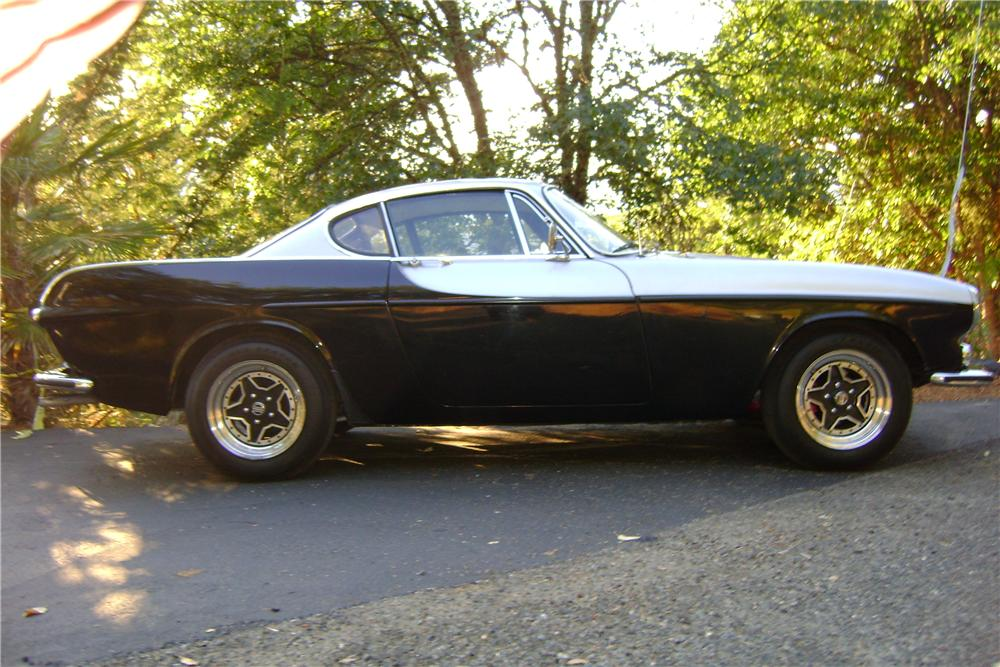 1969 VOLVO P1800 S 2 DOOR COUPE - Side Profile - 174674