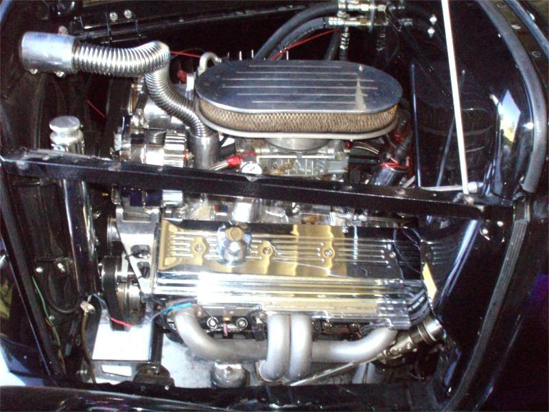 1931 FORD CUSTOM VICKY - Engine - 174680