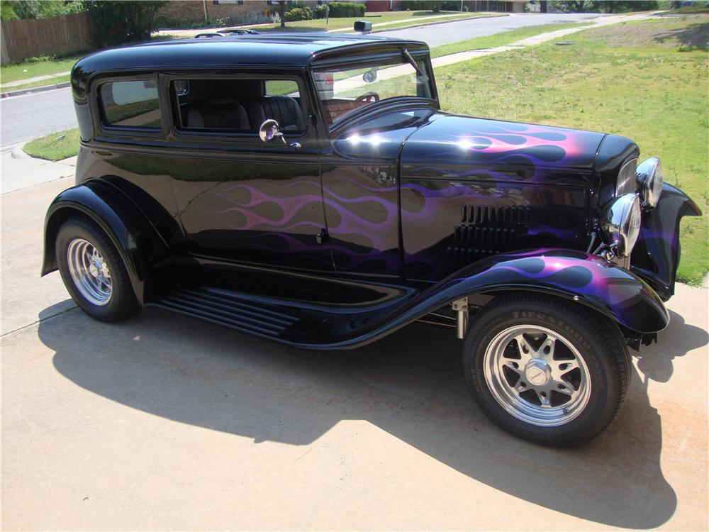 1931 FORD CUSTOM VICKY - Side Profile - 174680