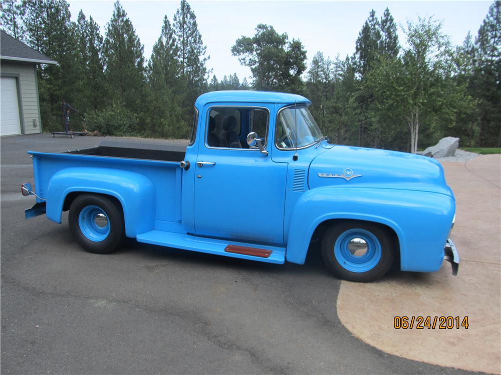 1956 FORD F-100 CUSTOM PICKUP - Front 3/4 - 174683