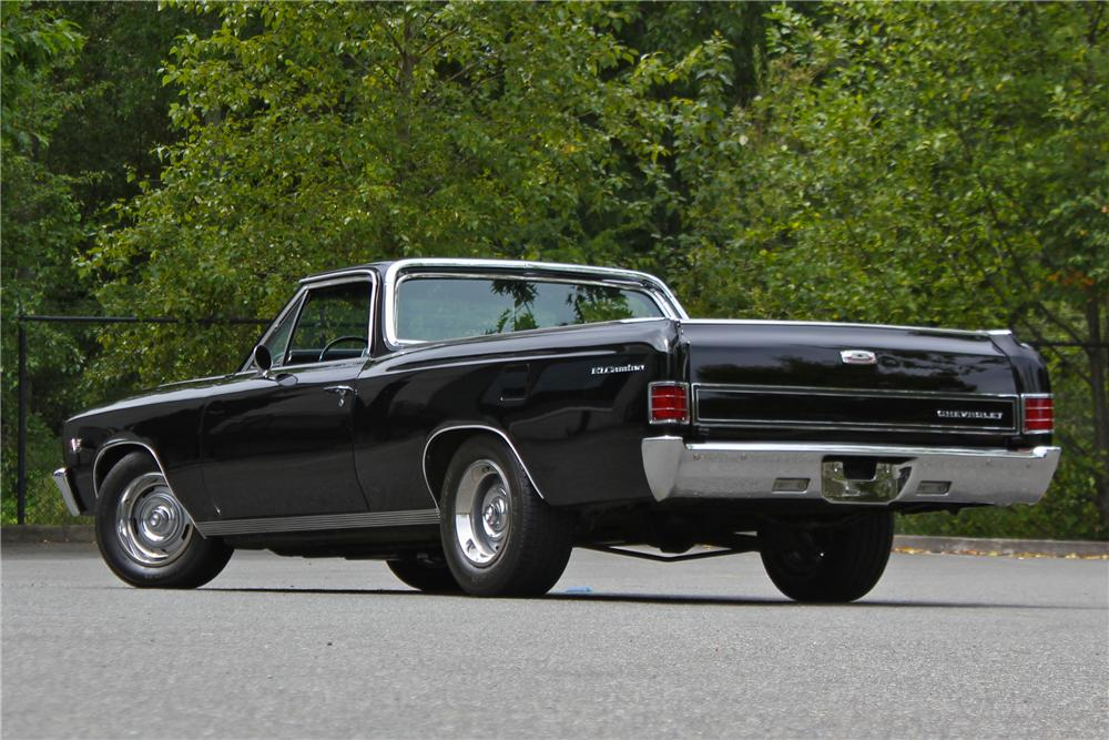 1967 CHEVROLET EL CAMINO CUSTOM PICKUP - Rear 3/4 - 174712