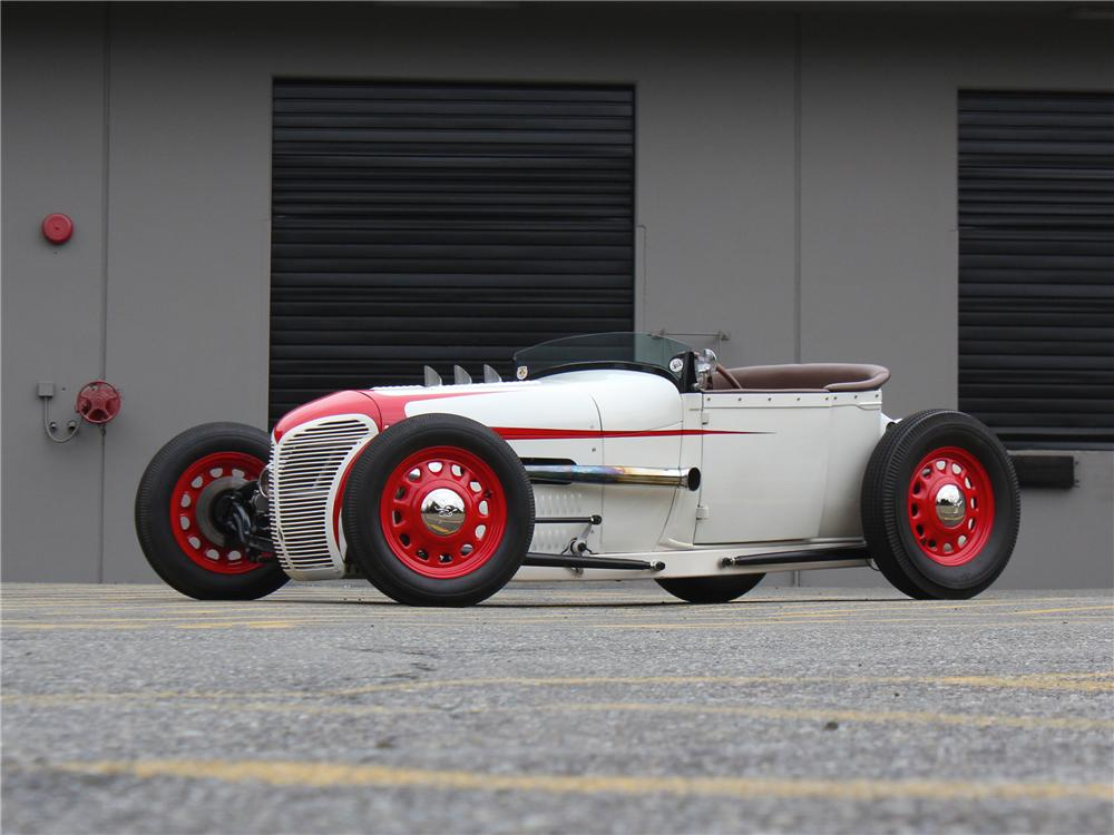1928 FORD LAKESTER CUSTOM HOT ROD - Front 3/4 - 174716