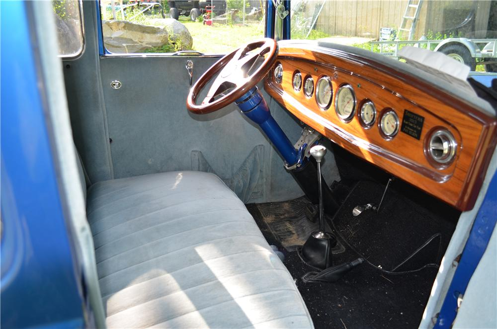 1931 FORD MODEL A CUSTOM COUPE - Interior - 174732