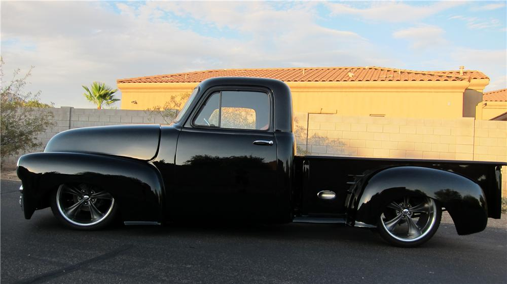 1955 CHEVROLET 3100 CUSTOM PICKUP - Side Profile - 174736