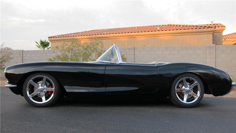 1957 CHEVROLET CORVETTE CUSTOM CONVERTIBLE - Rear 3/4 - 174737