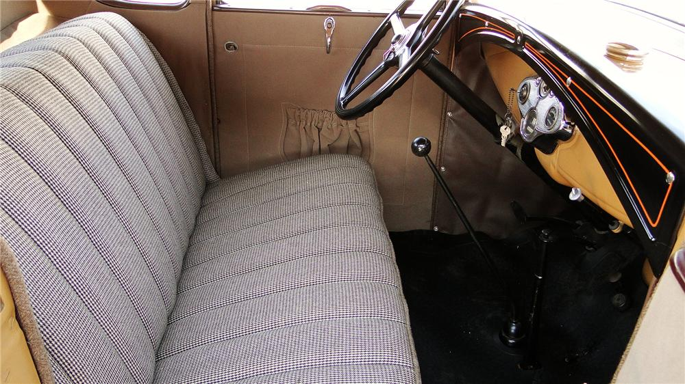 1930 FORD MODEL A RUMBLE SEAT COUPE - Interior - 174750