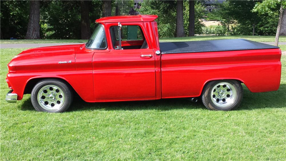 1961 CHEVROLET C-10 CUSTOM PICKUP - Side Profile - 174784