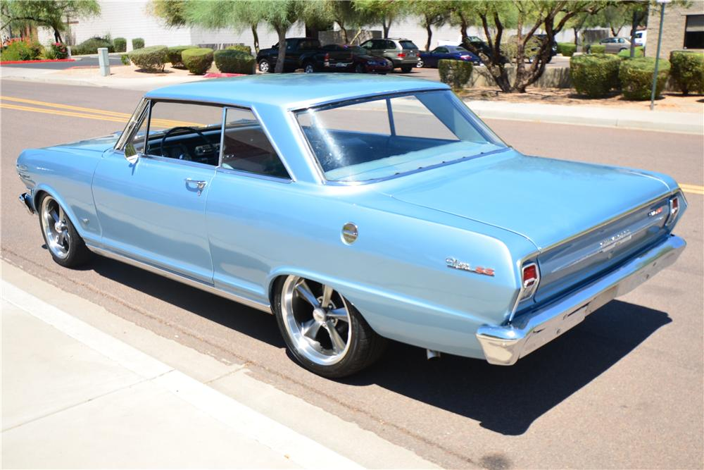 1963 CHEVROLET NOVA CUSTOM 2 DOOR HARDTOP - Rear 3/4 - 174944