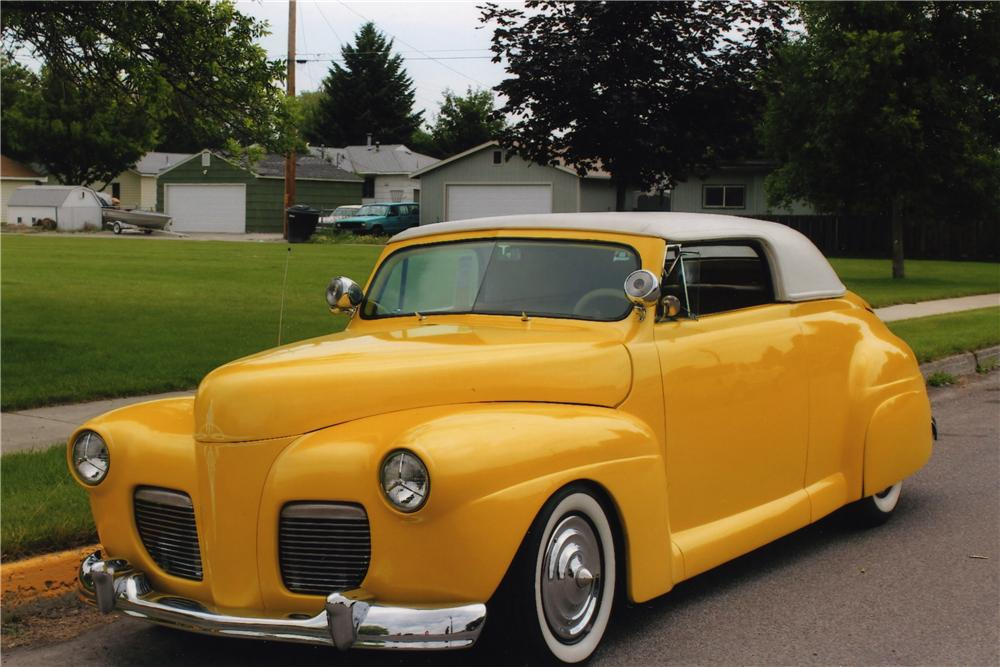 1941 FORD CUSTOM CONVERTIBLE - Front 3/4 - 175135