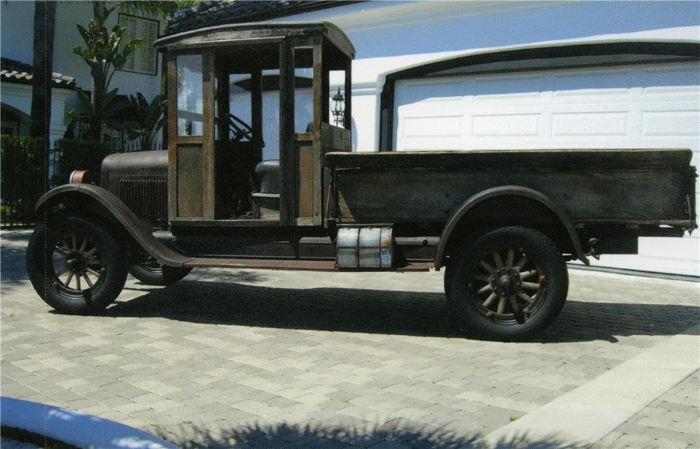 1926 CHEVROLET 1 TON PICKUP - Side Profile - 175163