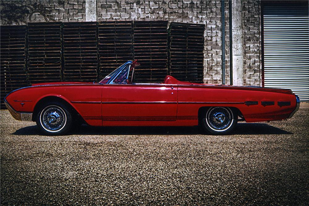 1962 FORD THUNDERBIRD ROADSTER - Side Profile - 175173