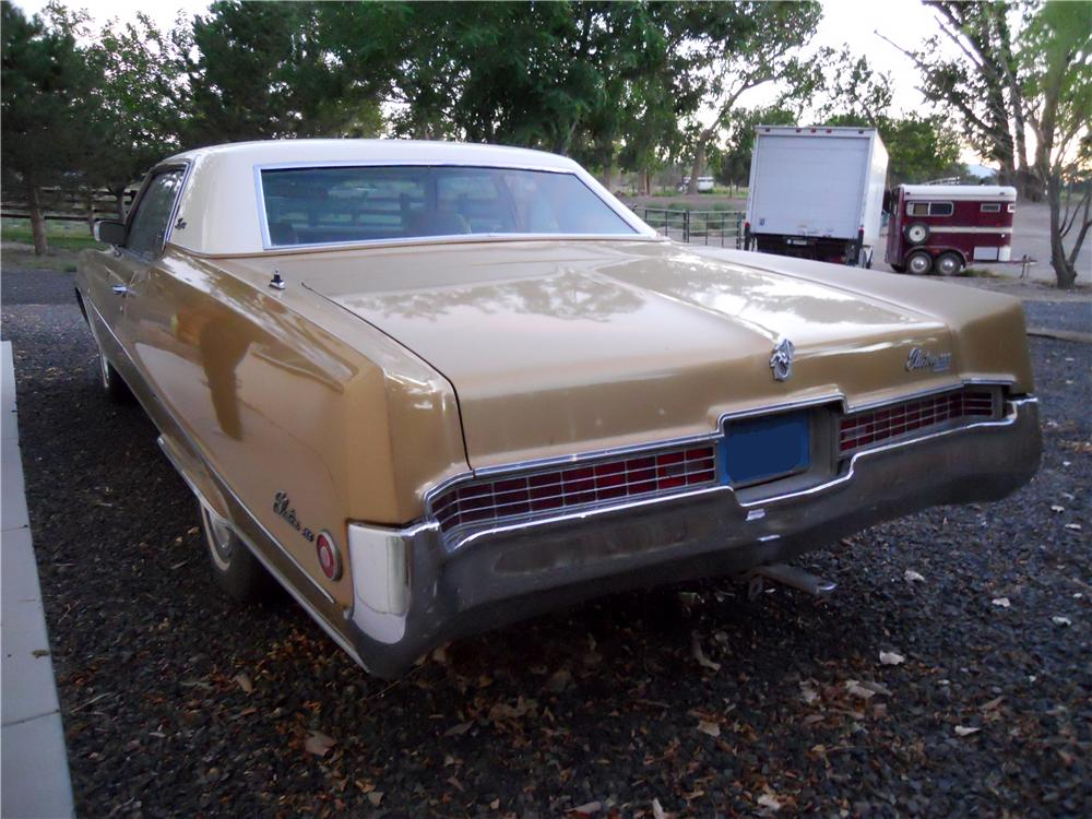 1969 BUICK ELECTRA 225 2 DOOR HARDTOP - Rear 3/4 - 175200