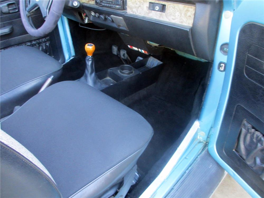 1979 VOLKSWAGEN SUPER BEETLE CONVERTIBLE - Interior - 176533