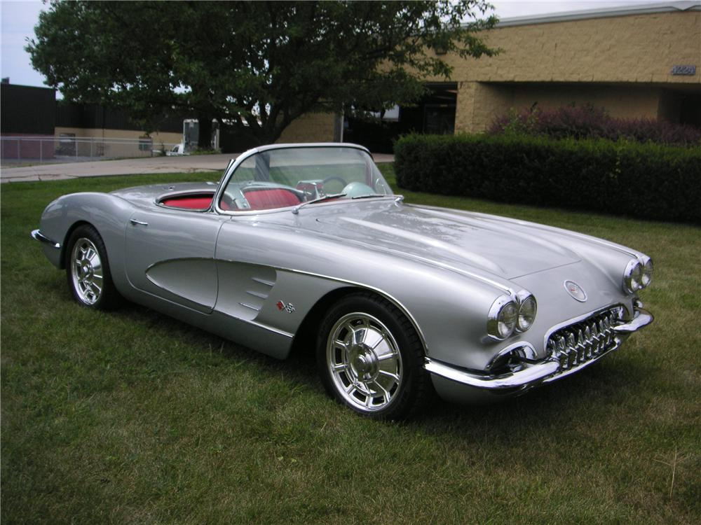 1960 CHEVROLET CORVETTE CUSTOM CONVERTIBLE - Side Profile - 176908