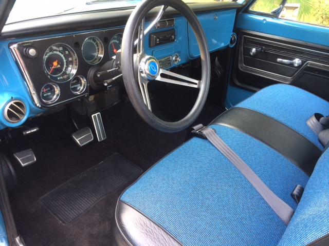 1972 CHEVROLET C-10 CUSTOM PICKUP - Interior - 176912