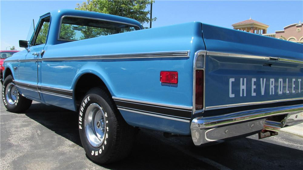 1972 CHEVROLET C-10 CUSTOM PICKUP - Rear 3/4 - 176912
