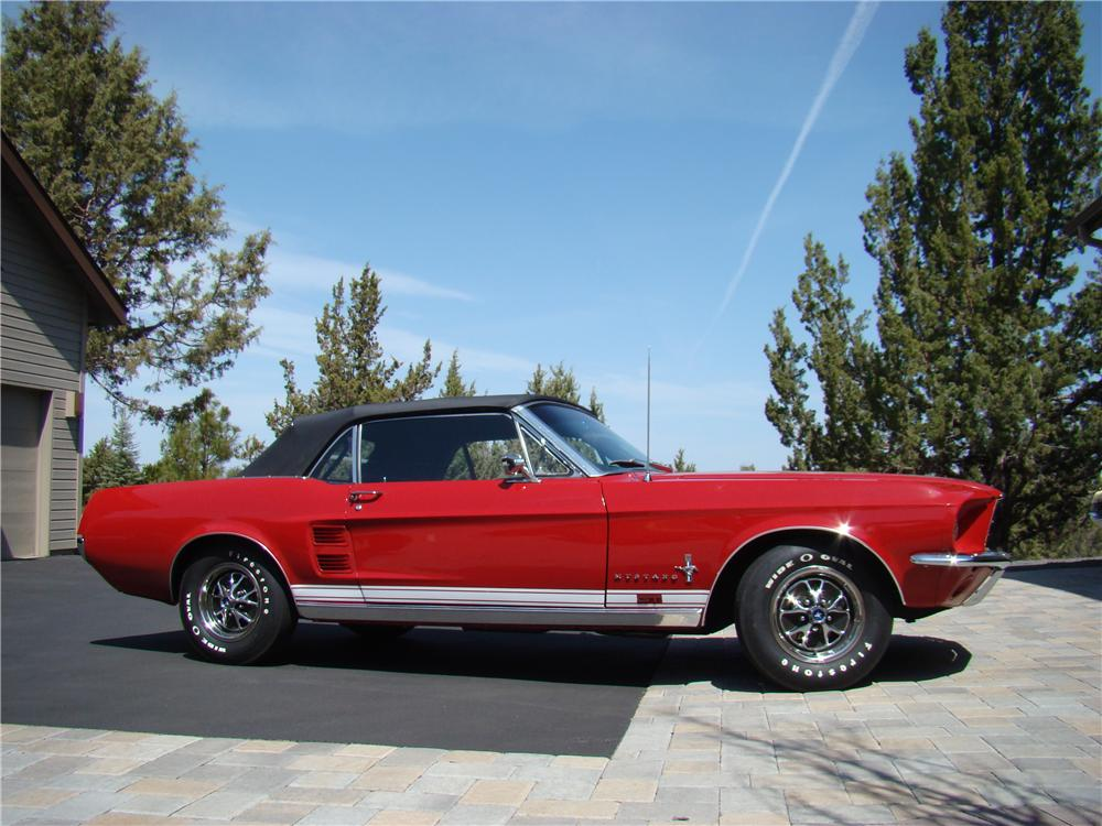 1967 ford mustang gt convertible 176987. Black Bedroom Furniture Sets. Home Design Ideas