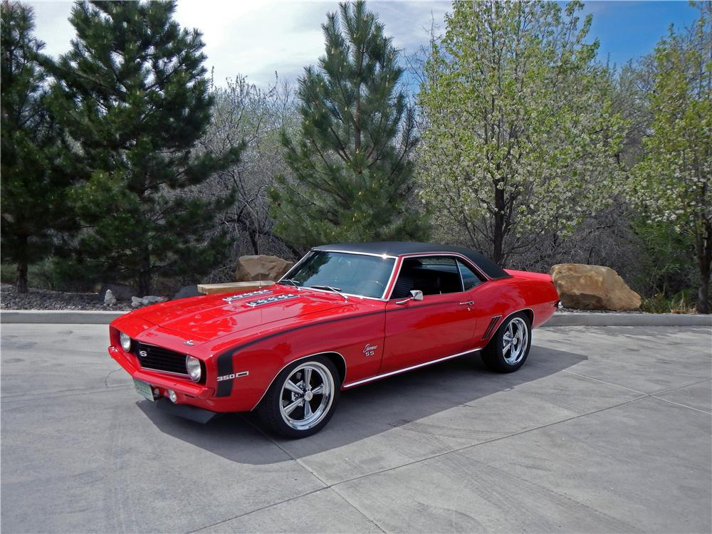1969 CHEVROLET CAMARO SS COUPE - Front 3/4 - 176990