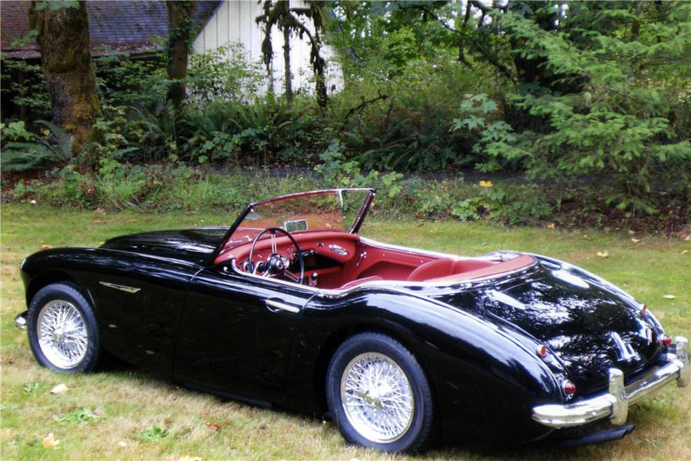 1962 AUSTIN-HEALEY 3000 BT7 ROADSTER - Rear 3/4 - 177005