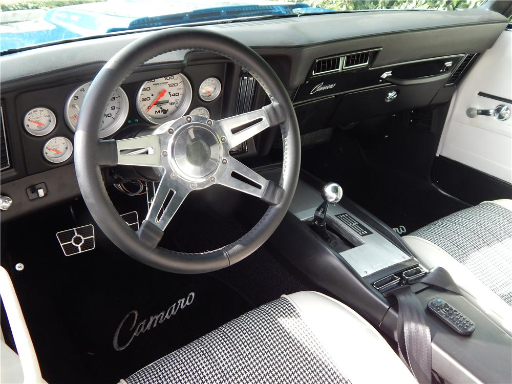 1969 CHEVROLET CAMARO CUSTOM 2 DOOR COUPE - Interior - 177024