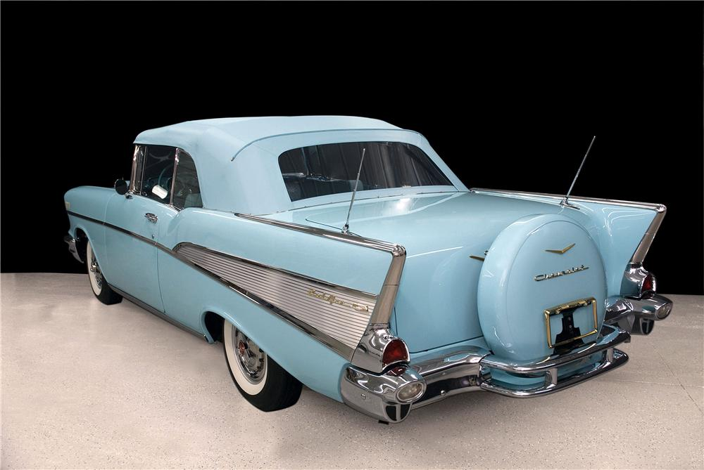 1957 CHEVROLET BEL AIR CONVERTIBLE - Rear 3/4 - 177039