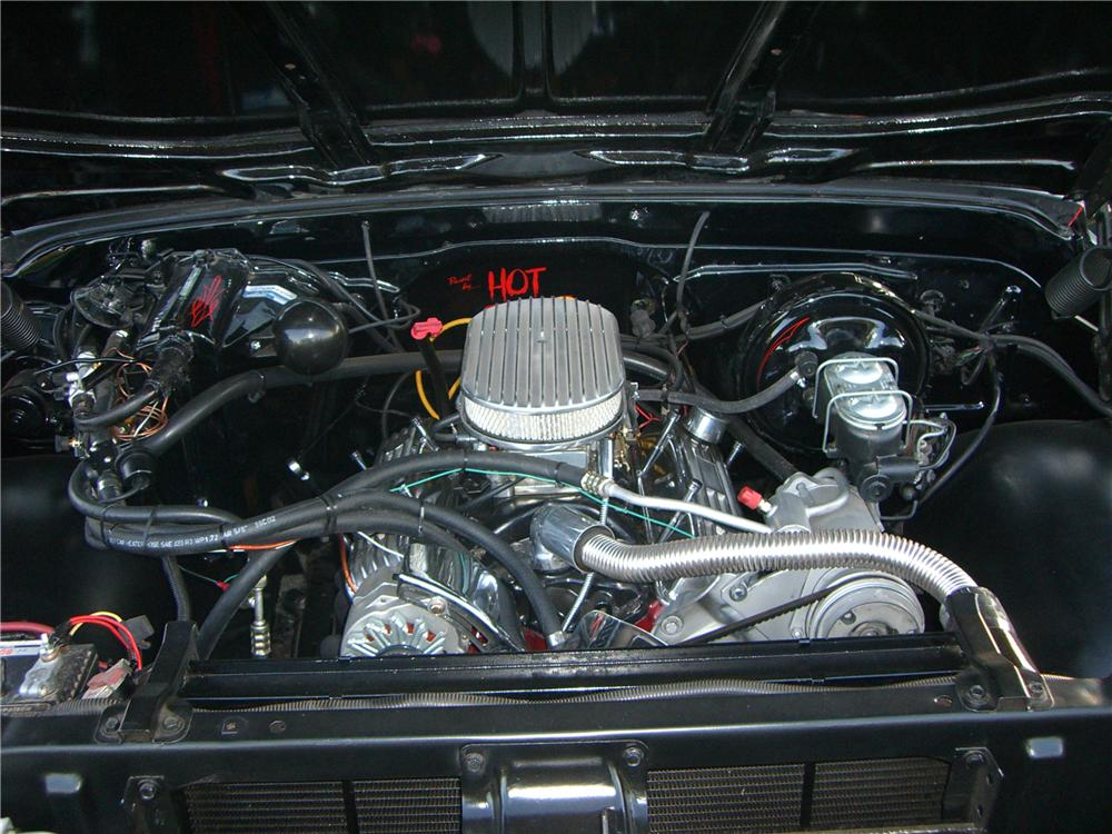 1972 CHEVROLET C-20 CUSTOM PICKUP - Engine - 177049