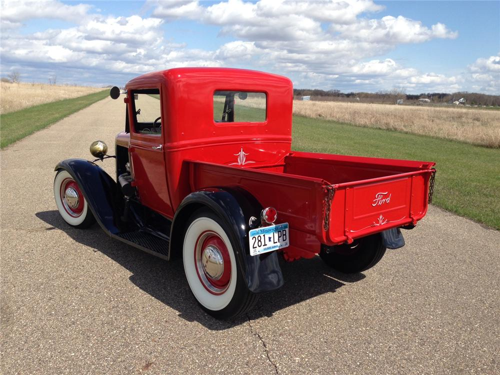 1930 FORD CUSTOM PICKUP - Rear 3/4 - 177050