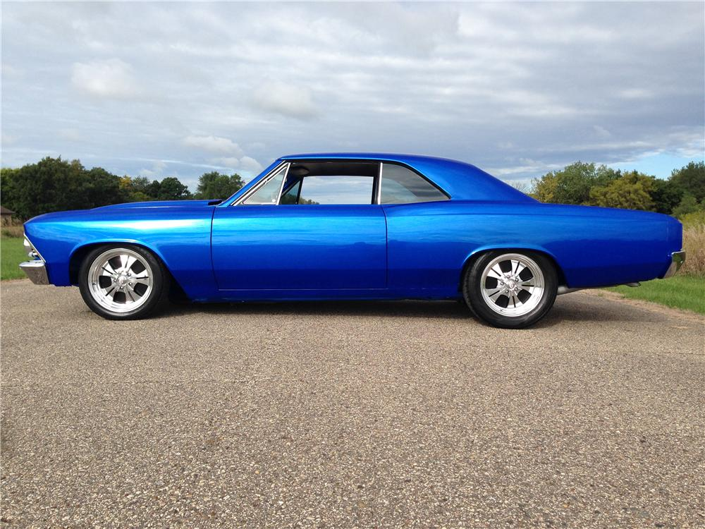 1966 CHEVROLET CHEVELLE CUSTOM 2 DOOR COUPE - Side Profile - 177053