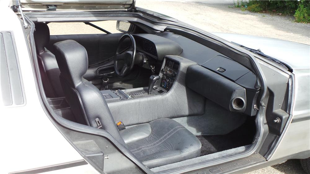 1981 DELOREAN DMC-12 2 DOOR COUPE - Interior - 177054
