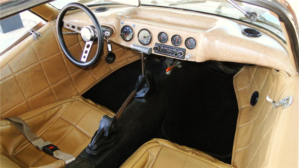 1971 BRADLEY GT GULLWING COUPE - Interior - 177087