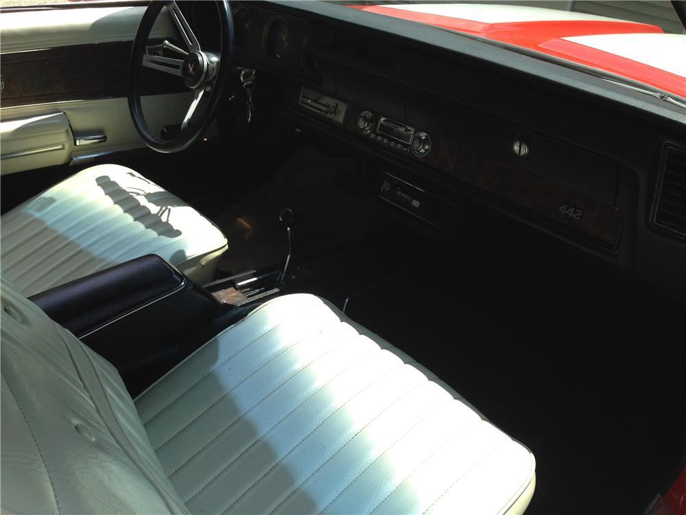 1970 OLDSMOBILE 442 W30 CONVERTIBLE - Interior - 177089