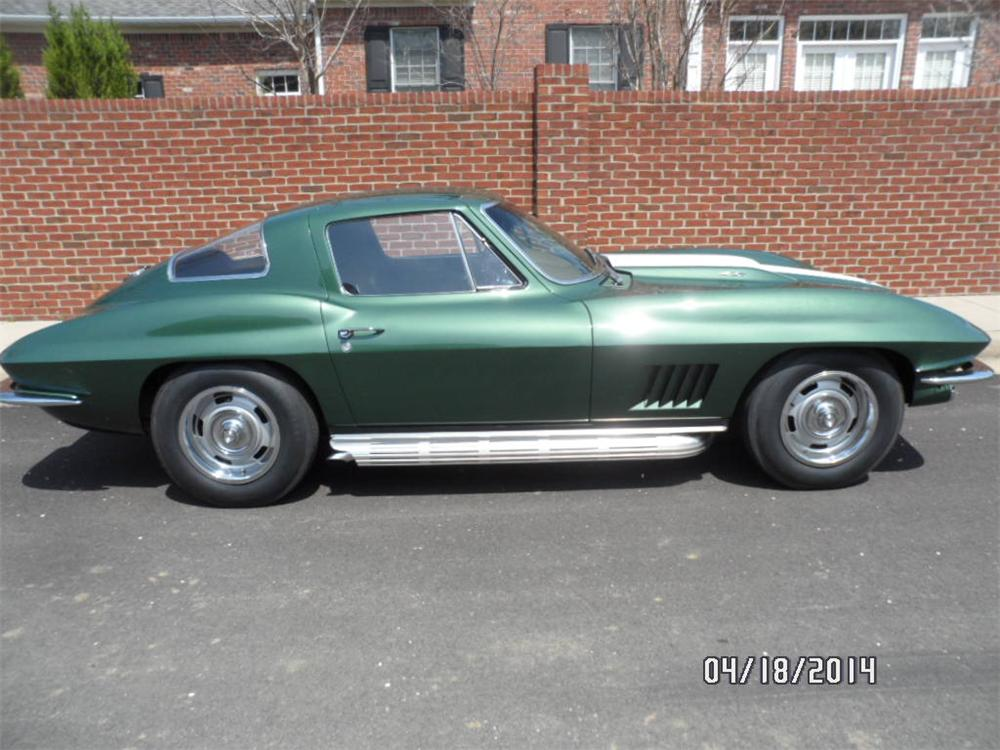 1967 CHEVROLET CORVETTE 2 DOOR COUPE - Side Profile - 177124