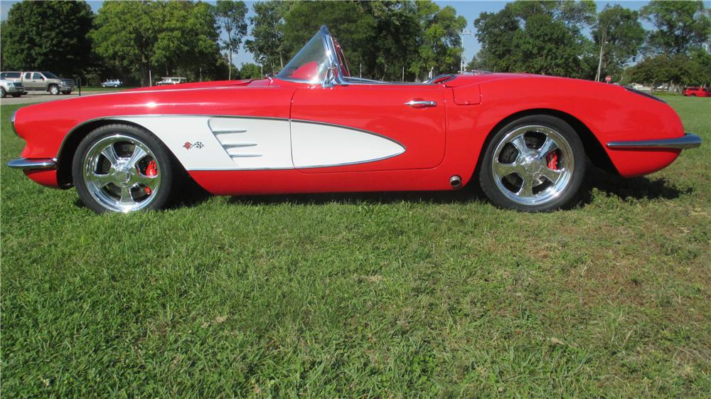 1959 CHEVROLET CORVETTE CUSTOM CONVERTIBLE - Side Profile - 177134