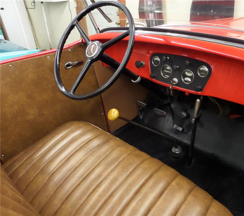 1932 CHEVROLET CONFEDERATE SPORTS ROADSTER - Interior - 177153