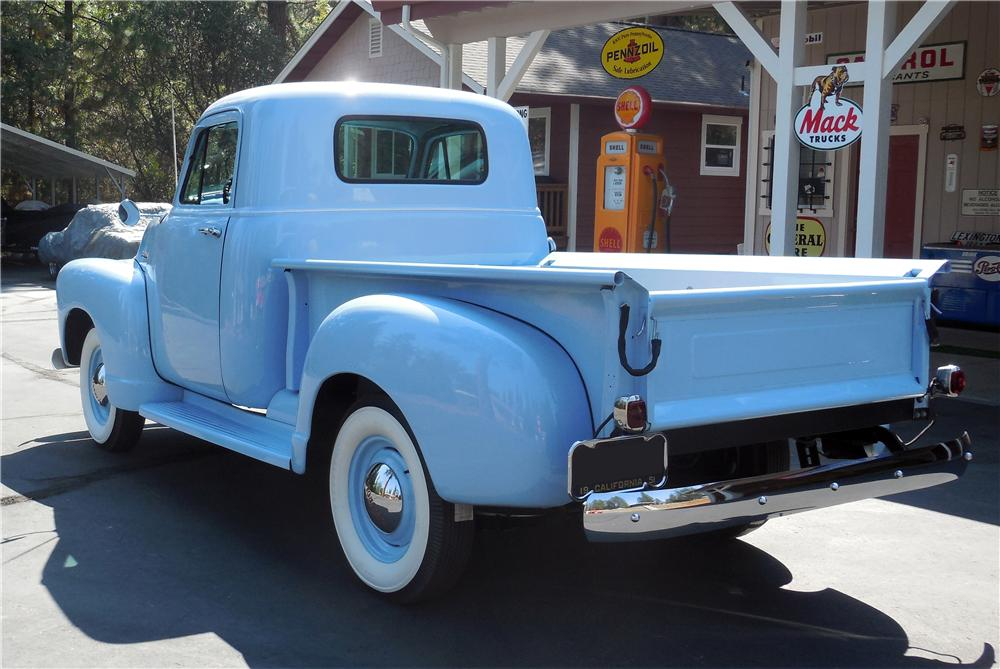 1952 CHEVROLET PICKUP - Rear 3/4 - 177173