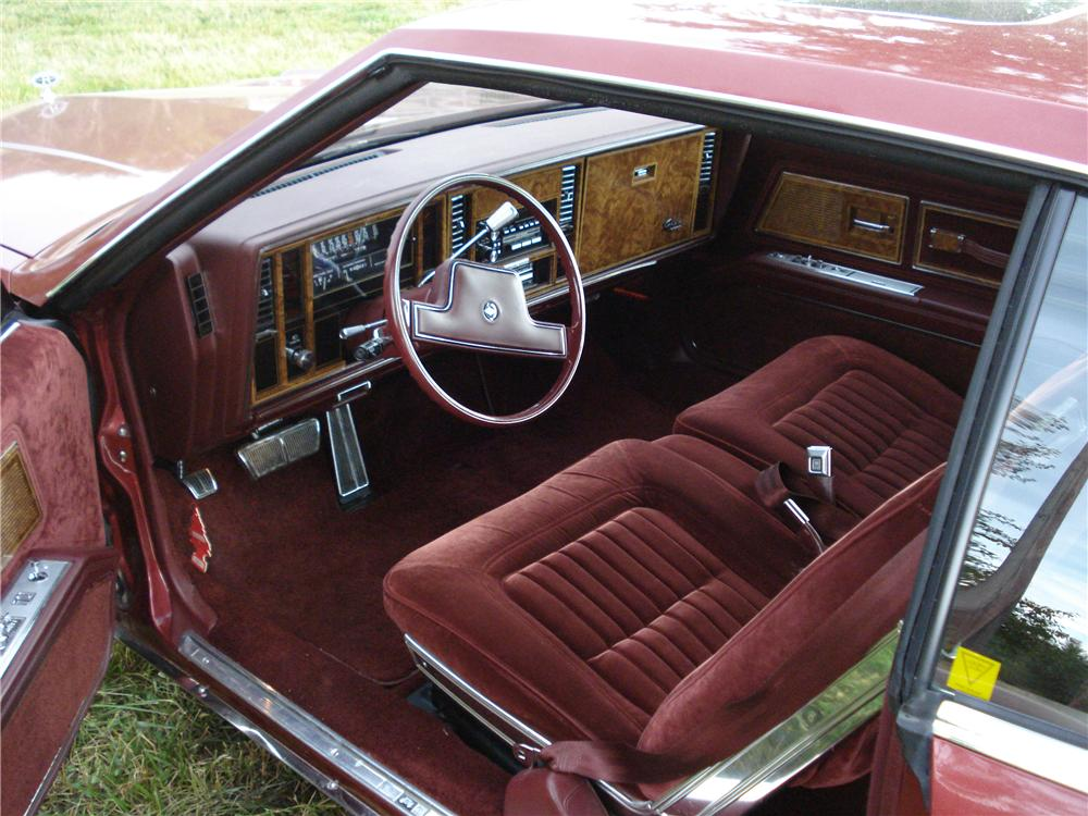 1984 BUICK RIVIERA 2 DOOR COUPE - Interior - 177203