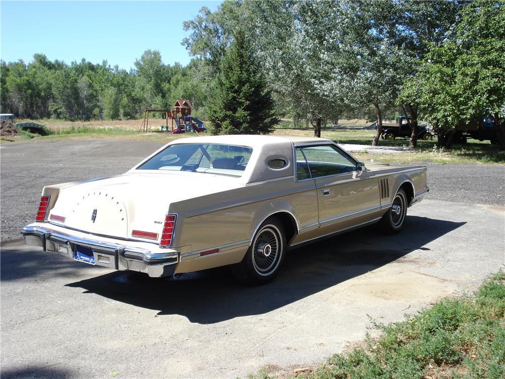 1978 LINCOLN CONTINENTAL MARK V 2 DOOR CARTIER DESIGNER EDITION - Rear 3/4 - 177204