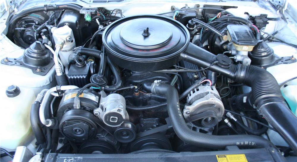 1988 PONTIAC FIREBIRD FORMULA 2 DOOR COUPE - Engine - 177212