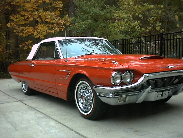 1965 FORD THUNDERBIRD CONVERTIBLE - Front 3/4 - 17723