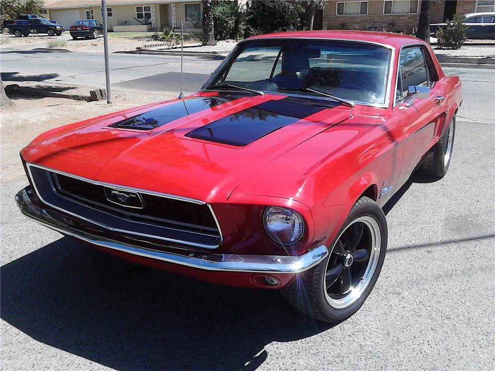 1968 FORD MUSTANG CUSTOM 2 DOOR HARDTOP - Front 3/4 - 177232