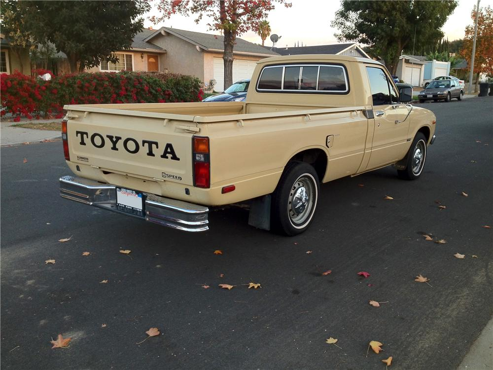 1981 TOYOTA PICKUP - Rear 3/4 - 177233