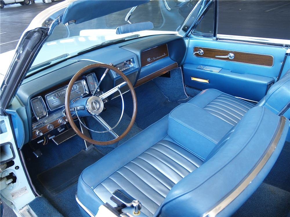 1961 LINCOLN CONTINENTAL 4 DOOR CONVERTIBLE - Interior - 177277